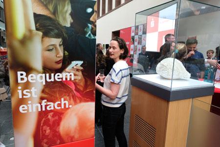 Veranstaltungs-Impression aus der Kundenhalle der NASPA Hauptverwaltung in Wiesbaden. © Foto: Diether v. Goddenthow